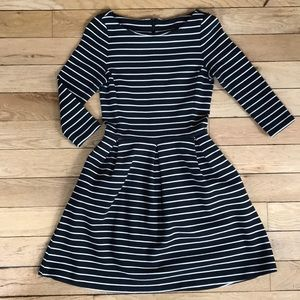 Banana Republic Striped 3/4 Sleeve Dress - 00P